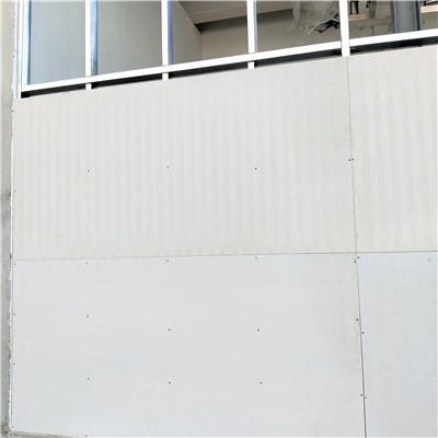山东明水化工公司安装170厚纤维增强水泥板泄爆墙